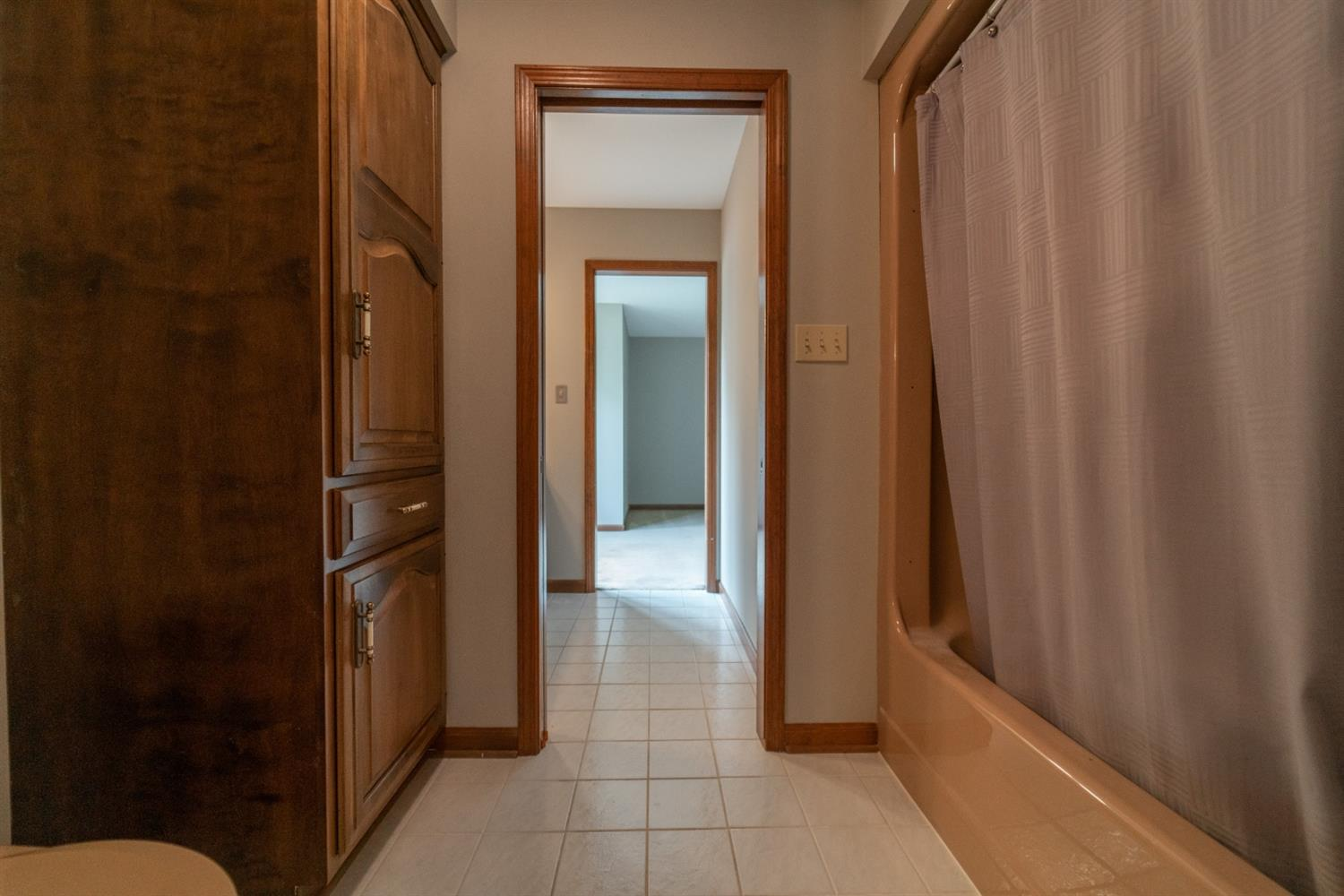 1758  Clifty Creek Court -47