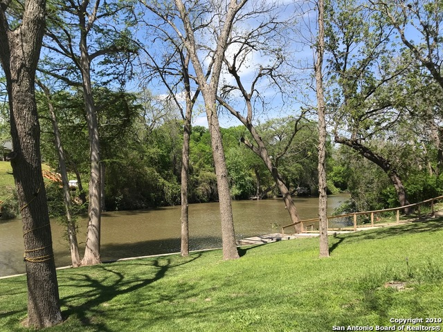 355  Guadalupe River Dr-7