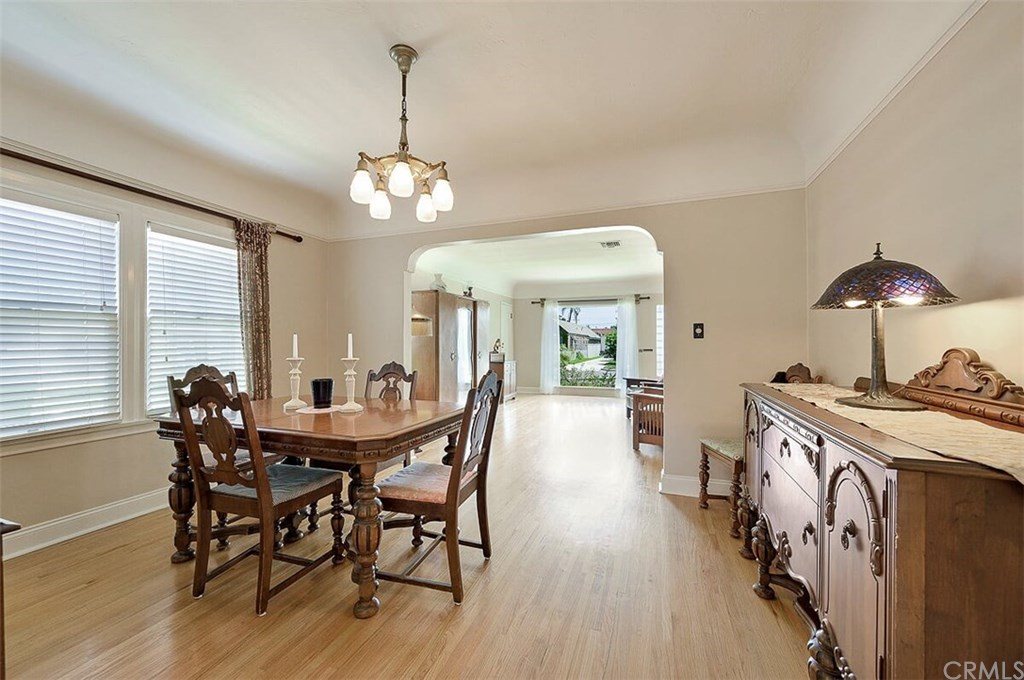529 W Whiting Avenue-10